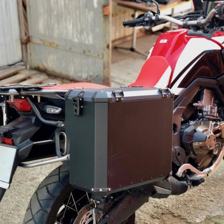 PRO pannier system for CRF1000 with Nomada PRO II panniers